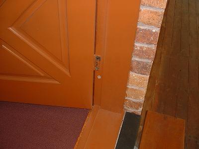 Ec2c in front door